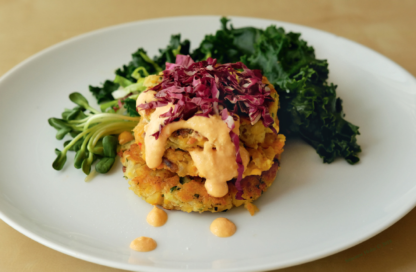 Chickpea burgers with vegetables